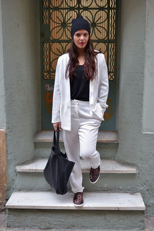 white GINA TRICOT suit - H&M bag - black H&M sneakers - black GINA TRICOT top