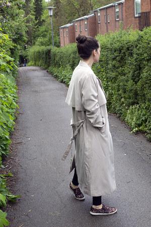 beige Monki coat