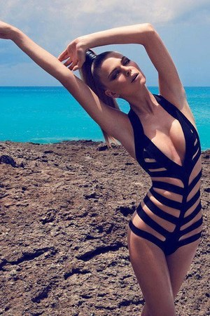 black one piece swimwear