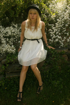 Bellapacella hat - Vila dress - H&M belt - Bianco shoes