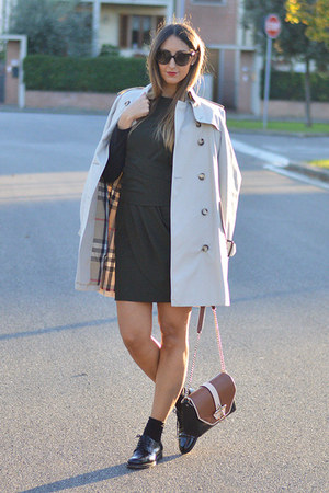 black CHURCHS shoes - Zara dress - beige trench Burberry coat