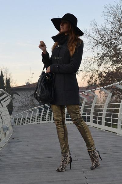hats Tally Weijl hat - Rinascimento coat - leather bag Miu Miu bag