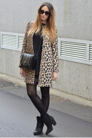black Zara boots - leopard print Zara coat - black Zara sweater - black Zara bag