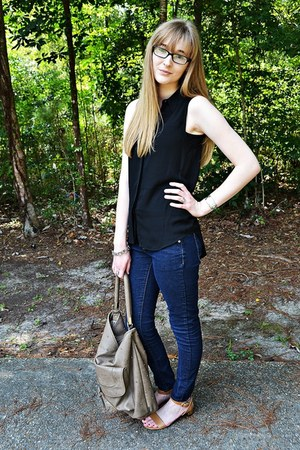 gold Forever 21 necklace - navy denim dark wash Forever 21 jeans
