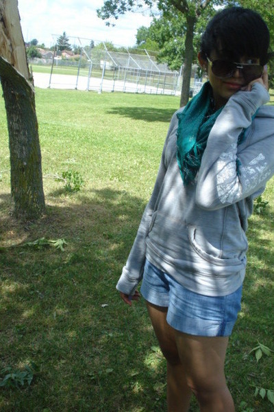 green le chateau scarf - blue Old Navy shorts - silver garage sweater - gray le