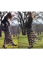 black TOY G blazer - beige chevron maxi Audrey 31 dress - black tory burch bag