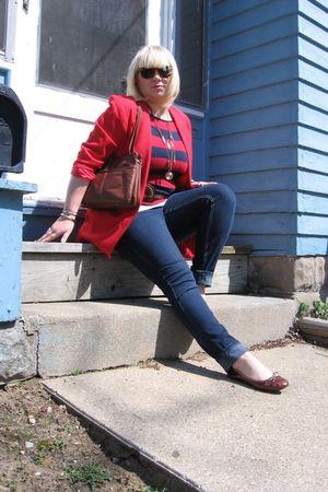 thrifted blazer - Forever 21 shirt - tyte jeans - Forever 21 belt - thrifted pur