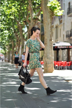green vintage print Lucloset dress - ankle Betty London boots - black Zara bag