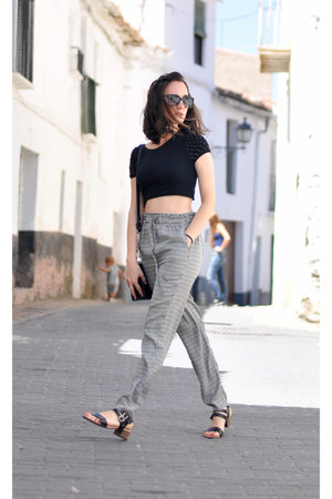 white baggy Zara pants - black Wildesunglasses sunglasses