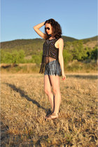 blue denim DIY shorts - black fringed H&M top