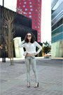 Silver-zara-jeans-white-cropped-lace-zara-top-black-snake-print-clarks-pumps