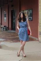 sky blue denim chambray Target dress - red vintage bag