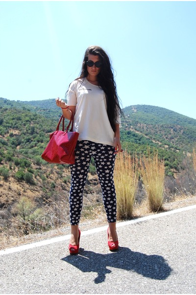 OASAP leggings - BLANCO bag - Mango sunglasses - Bershka heels - Zara t-shirt