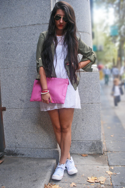 Primark sneakers - suiteblanco shirt - Primark bag