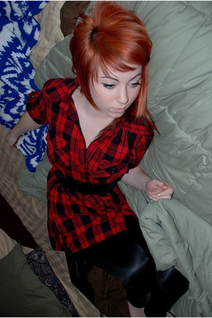 red Forever 21 dress - black H&M leggings - black H&M belt