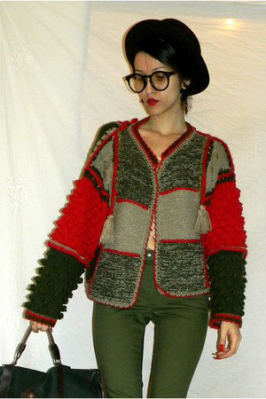wool handmade sweater - hat - top - glasses - clockhouse pants