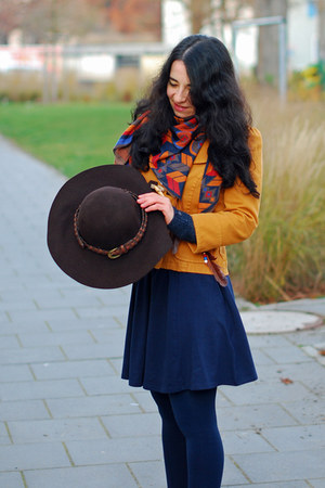mustard Zara jacket - navy H&amp;M dress - dark brown Promod hat - navajo Zara scarf