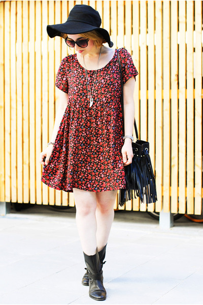 millefleurs American Apparel dress - black biker Zara boots