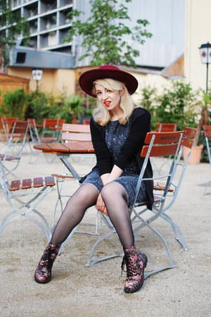 black acid washed H&M dress - H&M boots - maroon Isys hat