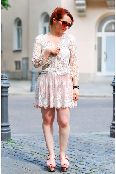 off white lace Zara jacket - off white lace Zara skirt - nude zalando sandals