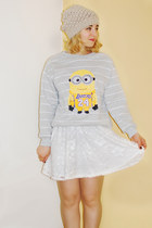 silver minion Choies sweatshirt - off white lace asos skirt
