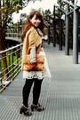 Camel-cape-romwe-coat-white-roses-lace-thecoloris-dress
