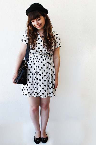 black THboxes hat - white hearts Shana dress - black satchel romwe bag