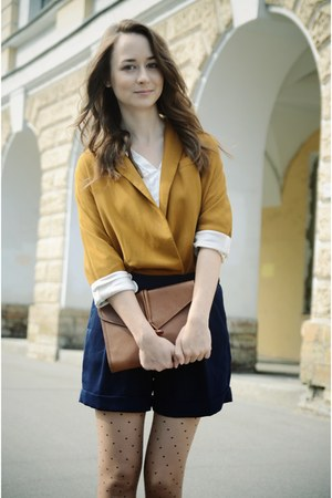 burnt orange Zara blazer - navy Mango shorts