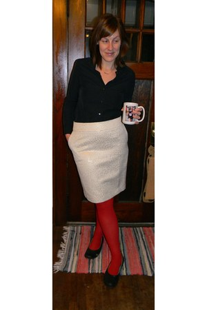 red via jcpenneys Worthington tights - black Gap blouse - ivory brocade Loft ski