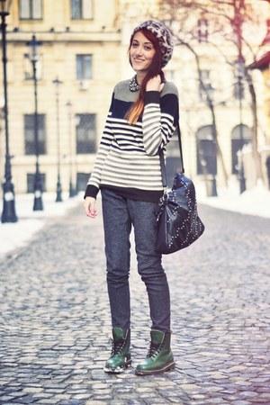 dark green Dr Martens boots - leopard print Forever 21 hat - H&M sweater