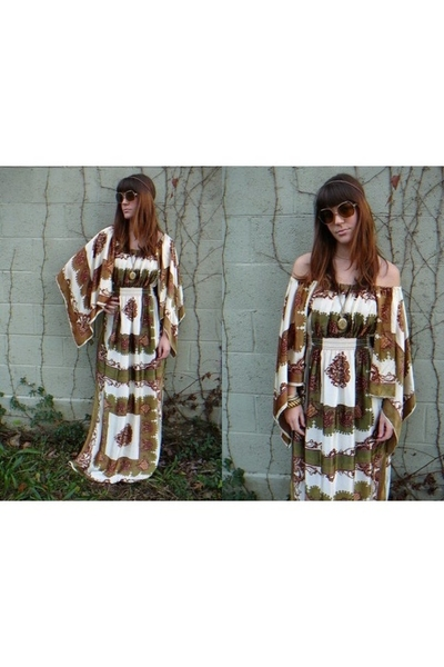 Hippie Fashion  Women on See More Stickers   Share This Sticker