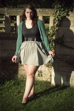 black H&M t-shirt - gray H&M skirt - green H&M cardigan - black H&M belt - black