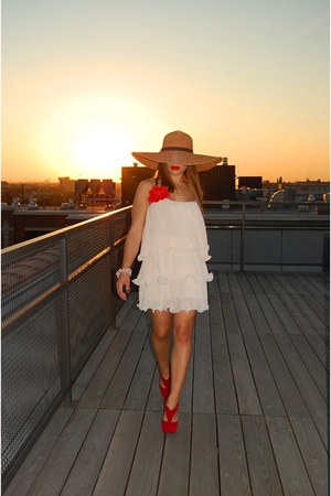 blush pink H&M dress - straw asos hat - red velvet boutique heels