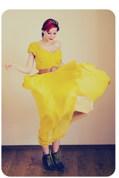 lace New Yorker boots - maxi yellow Msdress dress