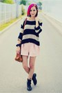 Deichmann-boots-stripe-second-hand-sweater-pastel-miia-shorts