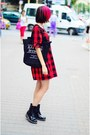 Black-patent-clarks-boots-plaid-ichi-dress