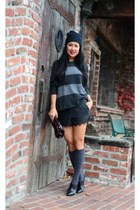 Kenneth Cole boots - Lululemon hat - vince sweater - Zara shorts