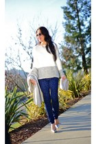 giveaway Chloe  Isabel necklace - vince sweater - Zara pants