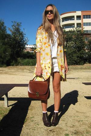 vintage boots - Frankie Sunshine blazer - vintage bag - Ksubi sunglasses