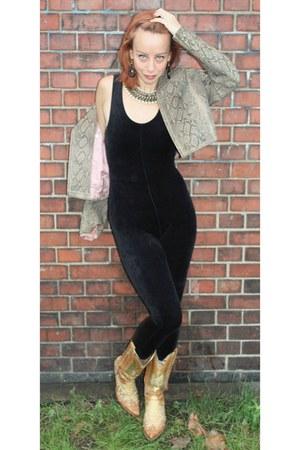 tawny cowboy vintage boots - brown snakeskin print vintage jacket