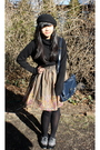 Black-hat-black-shirt-blue-purse-black-tights-gray-oxford-shoes-shoes-