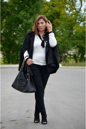 H&M cape - Old Navy jeans - Simons shirt - Gucci bag - stuart weitzman heels
