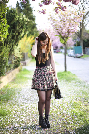 hot pink new look skirt - black vintage bag - black H&M heels