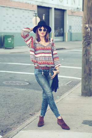 PERSUNMALL blouse - Zara boots