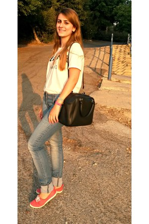 white Celine t-shirt - blue 72D jeans - black H&M bag - hot pink H&M sneakers