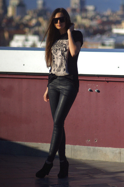 black Newlook boots - black Topshop pants