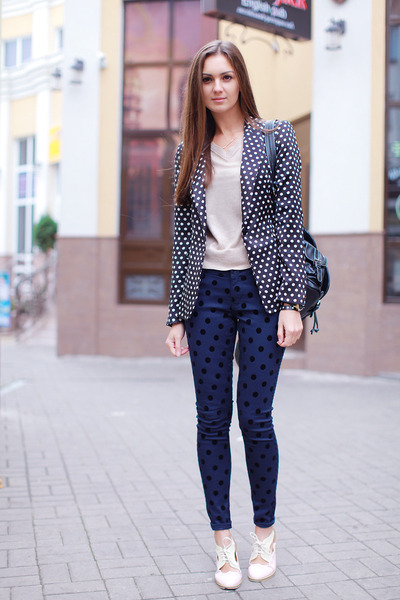 black Zara blazer - cream OASAP shoes - navy asos jeans - black vjstyle bag