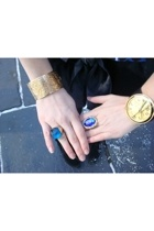 blue and gold accessories