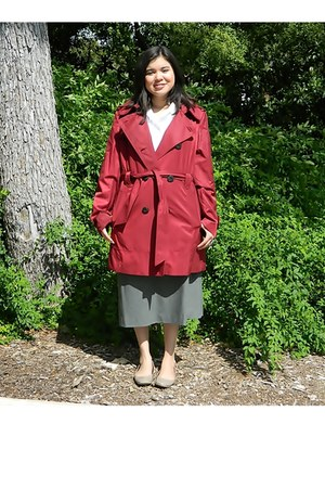 crimson trunch coat Jones of New York jacket