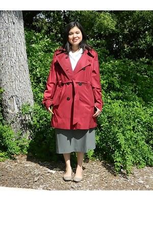 crimson trunch coat Jones of New York jacket